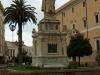 Италия. Ористано. Статуя Элеоноры из Arborea