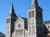 Бельгия, Рошфор.  Фасад аббатства Нотр-Дам