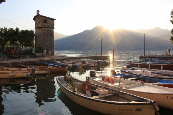 Италия Кассоне. Пристань