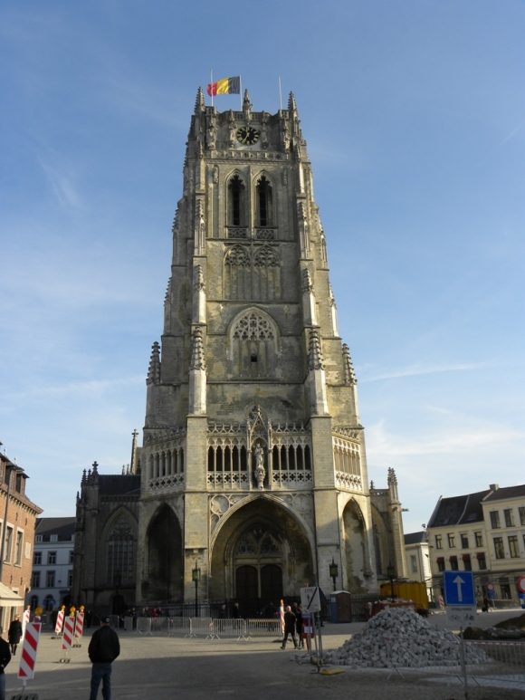 Бельгия. Тонгерен. Базилика Тонгеренской Богоматери