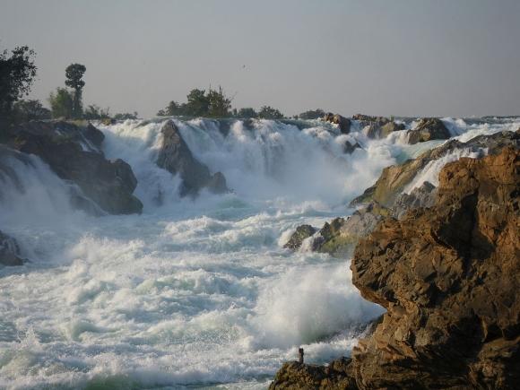 Лаос. Водопад Кхон